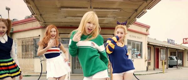 Red Velvet Wendy Ice Cream Cake