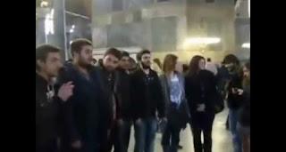 Συγκλονιστικό: Ελληνόπουλα ΑΠΑΓΓΕΛΟΥΝ τον ΕΘΝΙΚΟ ΥΜΝΟ μέσα στην ΑΓΙΑ ΣΟΦΙΑ! (Bίντεο)