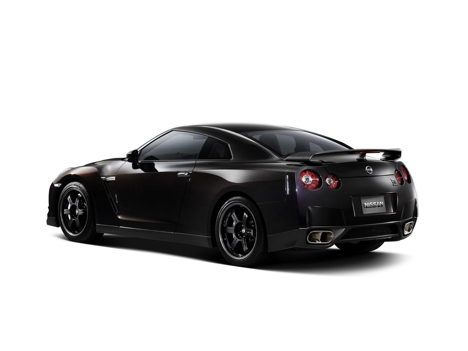 http://4.bp.blogspot.com/-8_IOFDqFViE/TXnFexNR-XI/AAAAAAAAC34/tU-2iWm8TTw/s1600/2010_Nissan_GT-R_SpecV_6.jpg