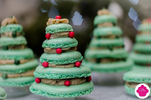 Macarons sapin au chocolat blanc, vanille et tonka - Défi 0.0 Chut #7 dont je suis la marraine
