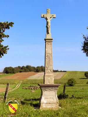 La croix de chemin d'Aménoncourt (1822)