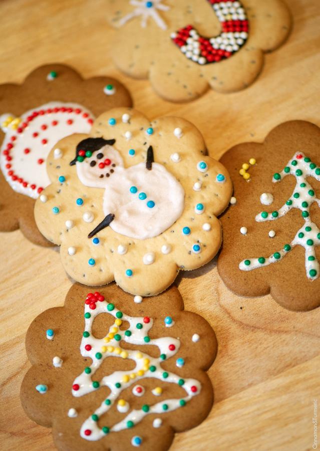 Как сделать печенье с белой глазурью
