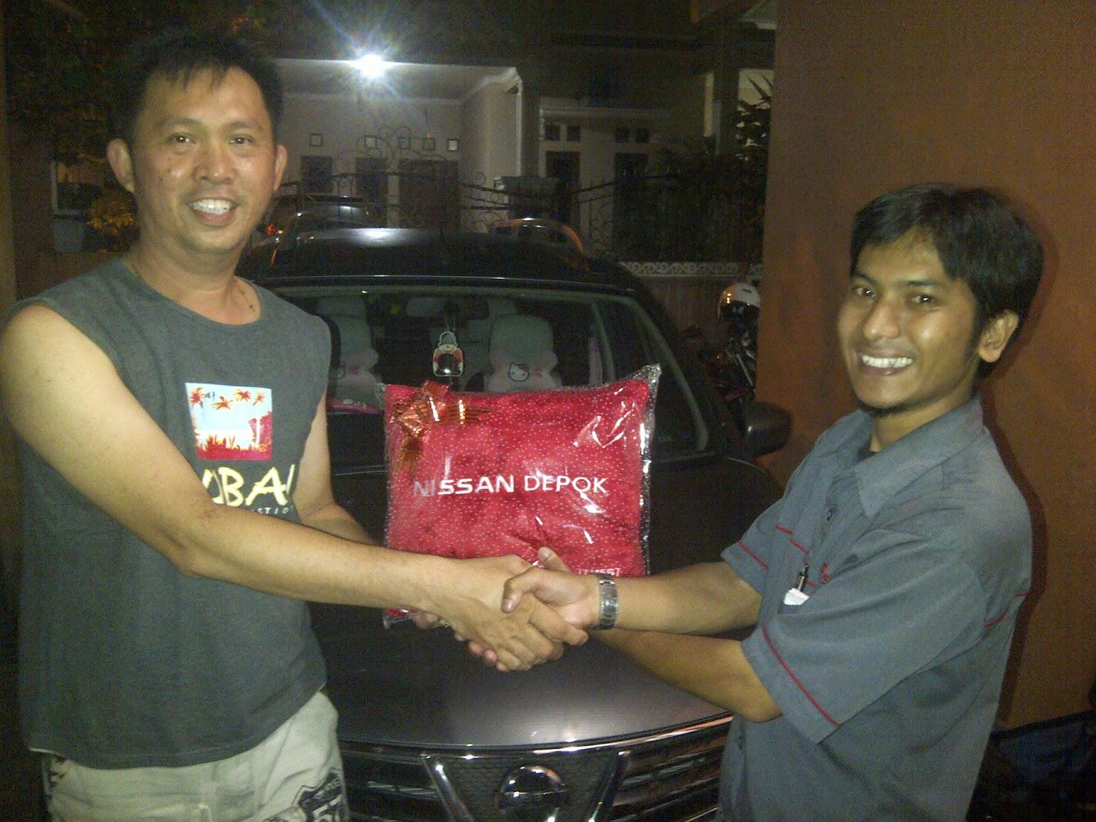 Terimakasih atas kepercayaan Pak Fery & Keluarga yg telah membeli Grand Livina X-Gear CVT melalui media www.touchnissan.com.  Semoga Berkah ya Pak...