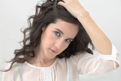 Ximena-sariñana-presenta-nueva-canción-La-vida-no-es-fácil