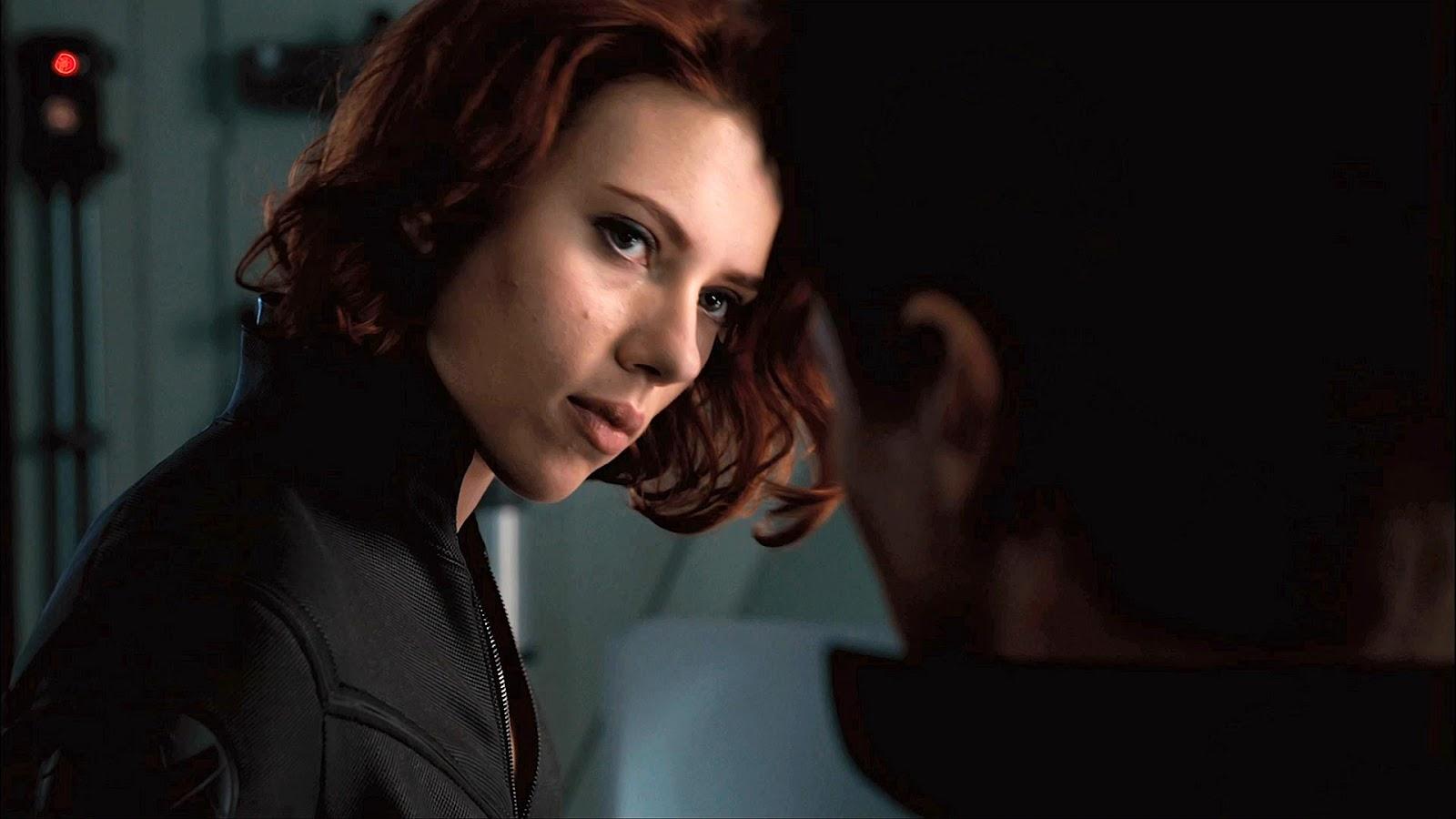 http://4.bp.blogspot.com/-8_gXLWqcsxc/T5xbWqjhFyI/AAAAAAAABkE/rF13EoYUFeM/s1600/Scarlett_Johansson_Avengers.jpg