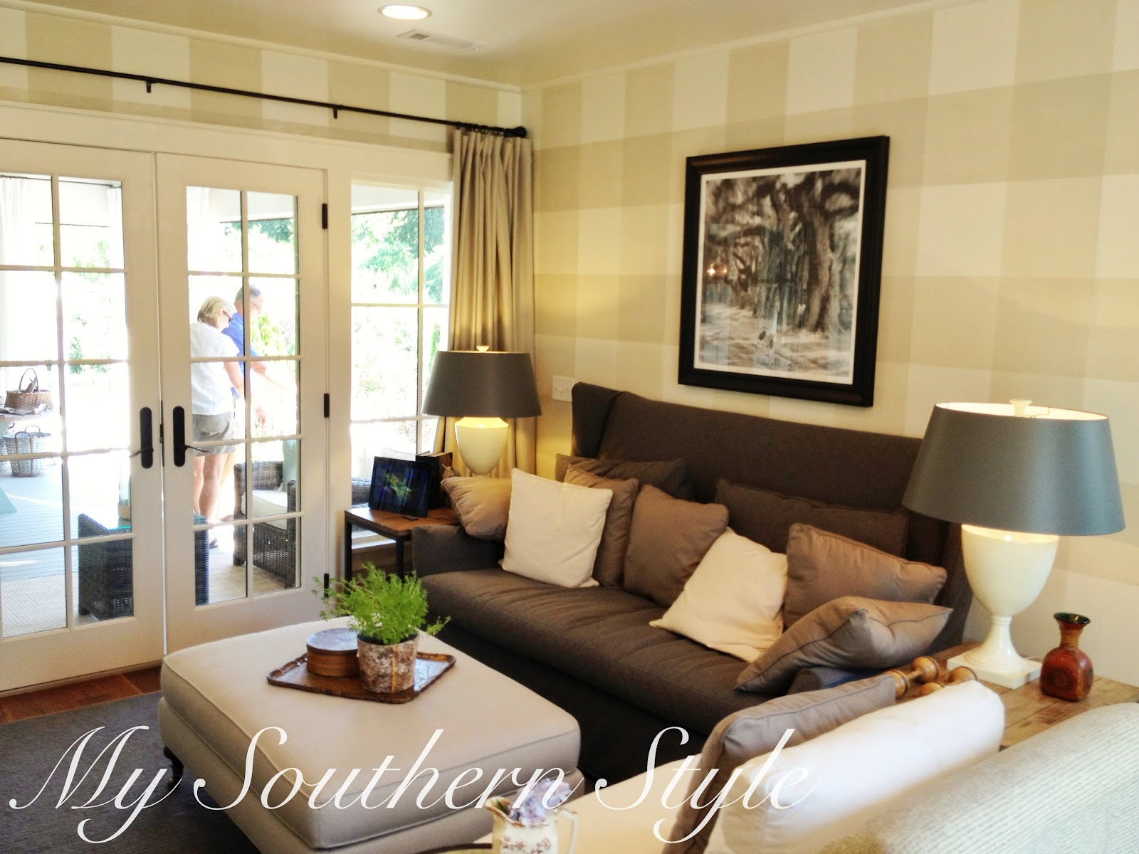 My southern style tour southern living idea house 2012 for Southern living keeping room ideas