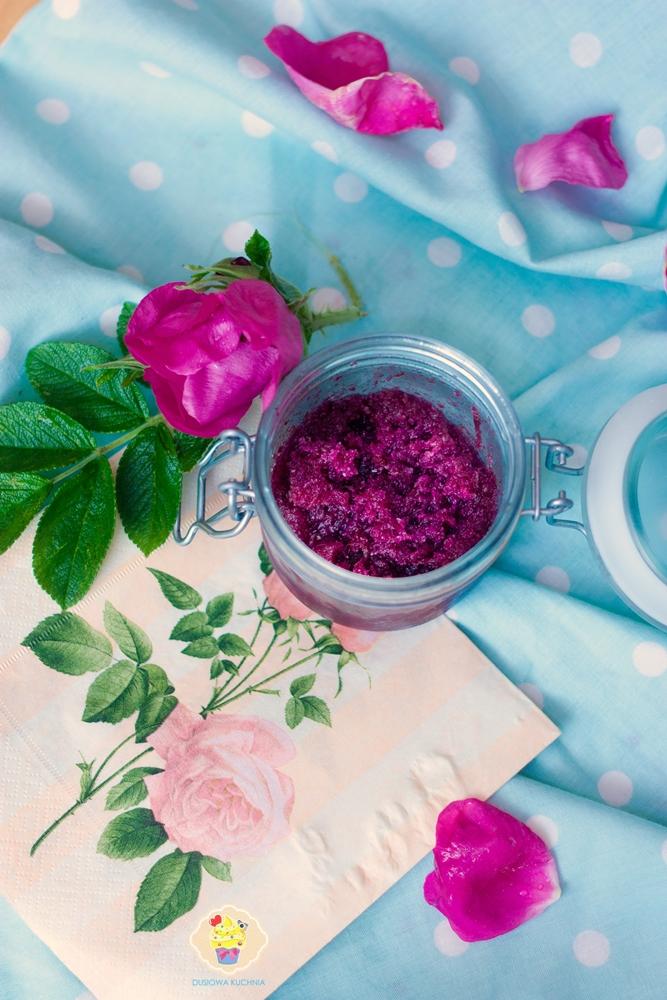 konfitura z róży, konfitura z płatków róży, konfitura różana, ucierana róża, tarta róża