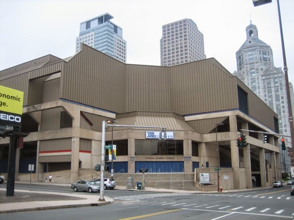 xl center outside