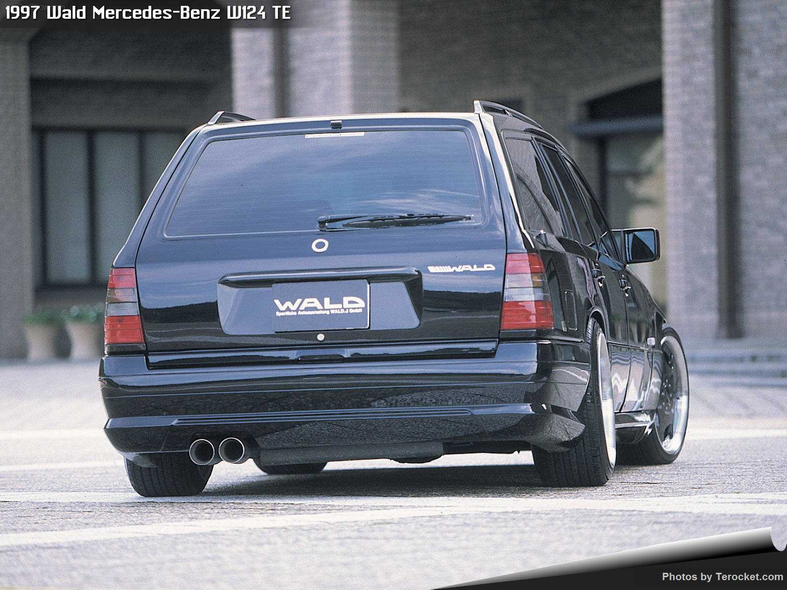 Hình ảnh xe độ Wald Mercedes-Benz W124 TE 1997 & nội ngoại thất