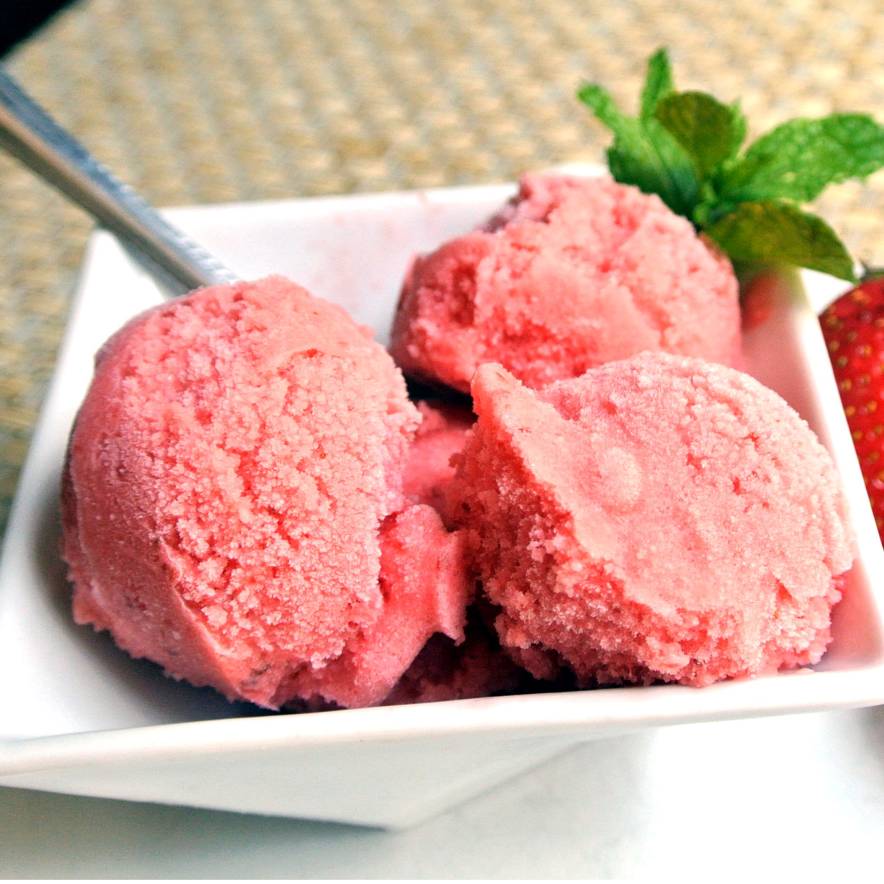 Mom, What's For Dinner?: Vegan Strawberry Sorbet