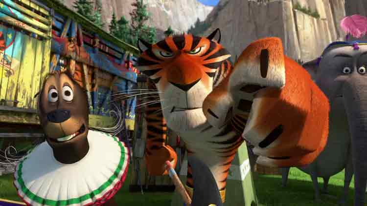 Screen Shot Of Hollywood Movie Madagascar 3 (2012) In English Full Movie Free Download And Watch Online At Downloadingzoo.Com