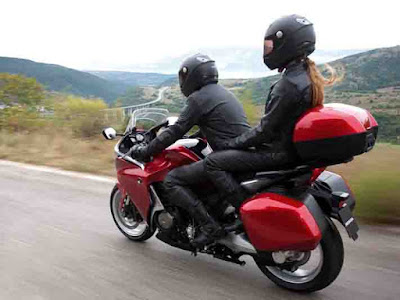 10 Fungsi/ Kegunaan Box Motor, yang sering memBully motor yang memakai Box coba di pikir lagi!