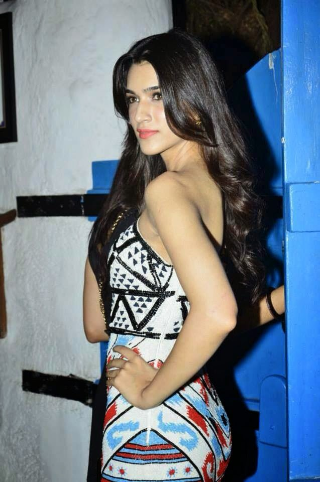 Kriti Sanon hot backless hd wallpapers