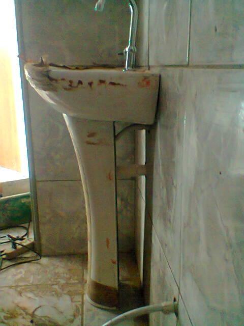 MORE  Assistência Residencial, Elétrica e Hidráulica Montagem de um banheir -> Pia Banheiro Sifao