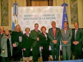 Silvia Ramos de Barton participó de la implantación de la Flor de Lis, de la que es miembro