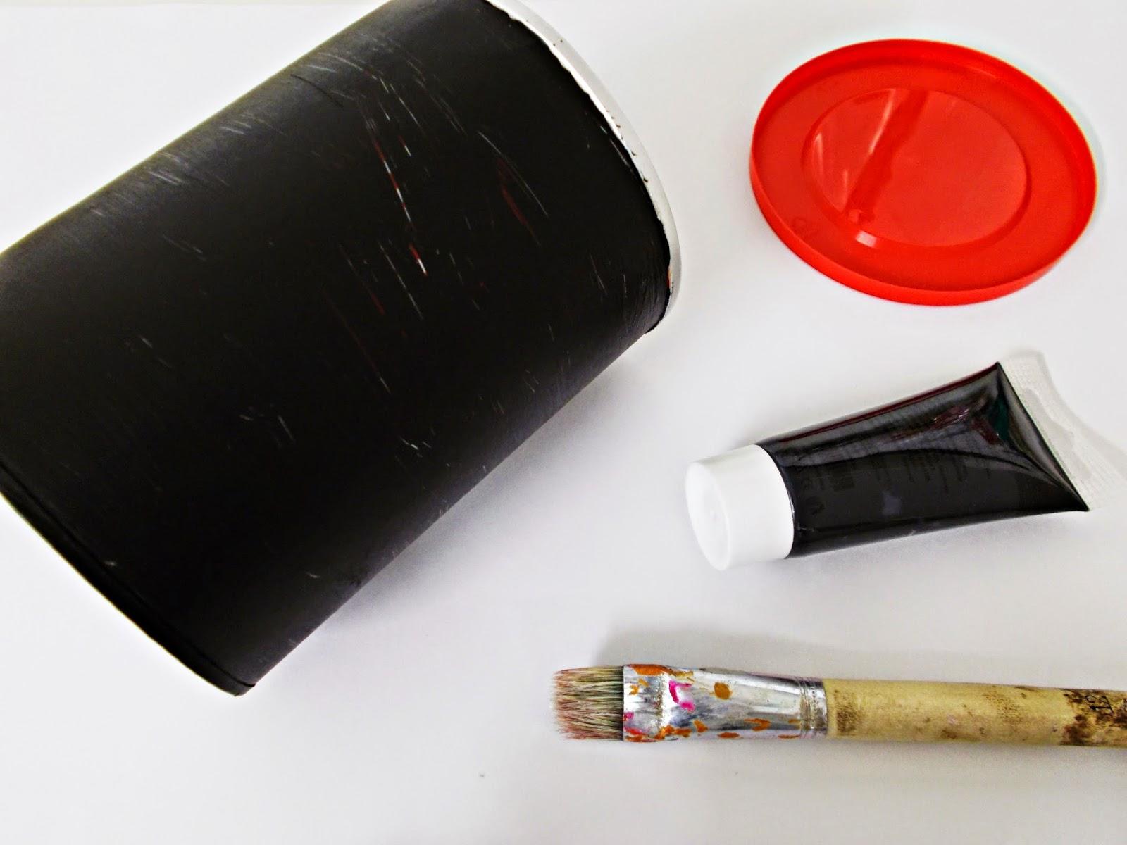DIY-bote-reciclaje-pilas-tabaco-craquelé-2