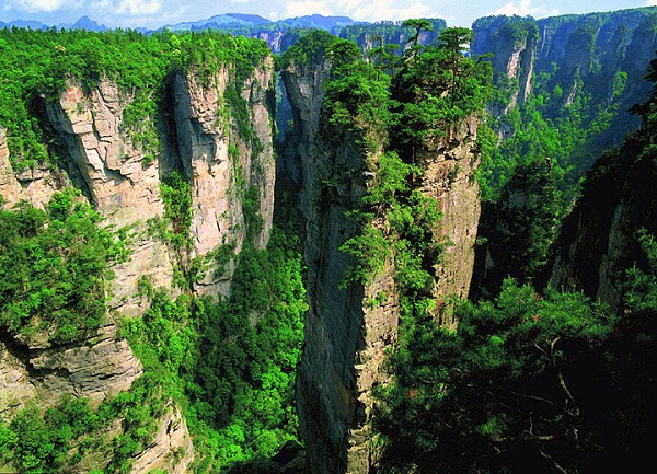 Zhangjiajie National Forest Park - Pandora on Earth in China