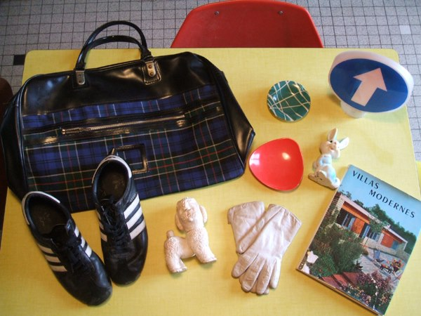 vintage plaid bag , leather gloves ...