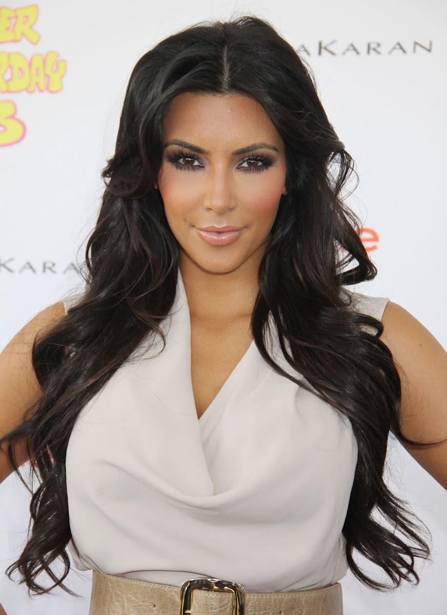 Kim Kardashian Photos at 13th Annual Super Saturday Event