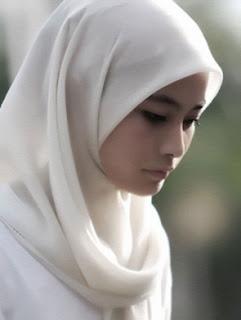 Kelemahan Wanita terhadap Pria dalam Islam