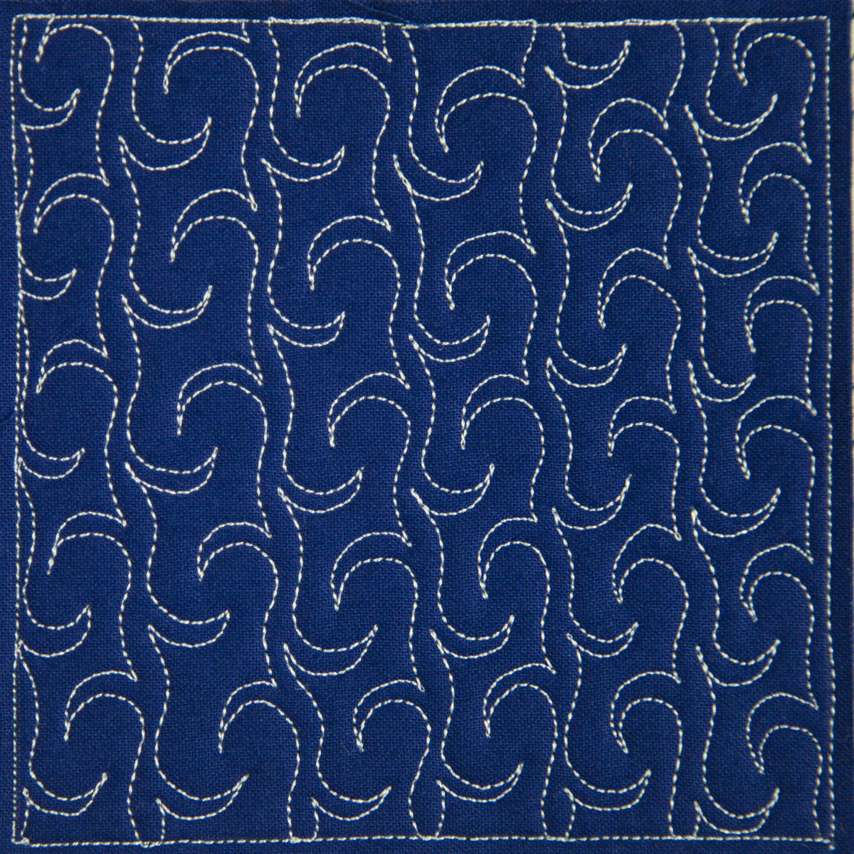 Free Motion Quilting Designs For Sashing : The Free Motion Quilting Project: Day 21 - Wave Chain