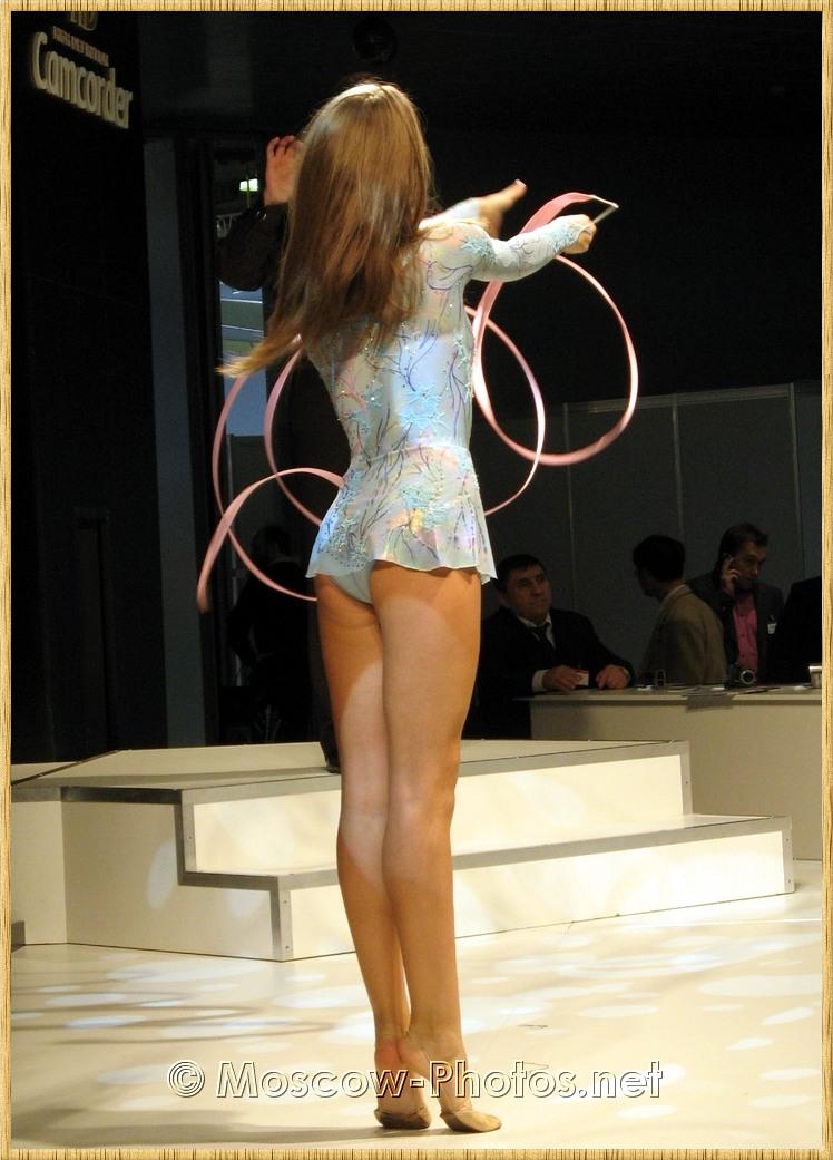 Beautiful dancer at Photoforum - 2008, Moscow.