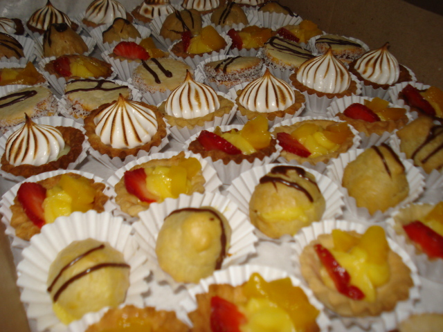 Banqueter a emily for Canape para coctel
