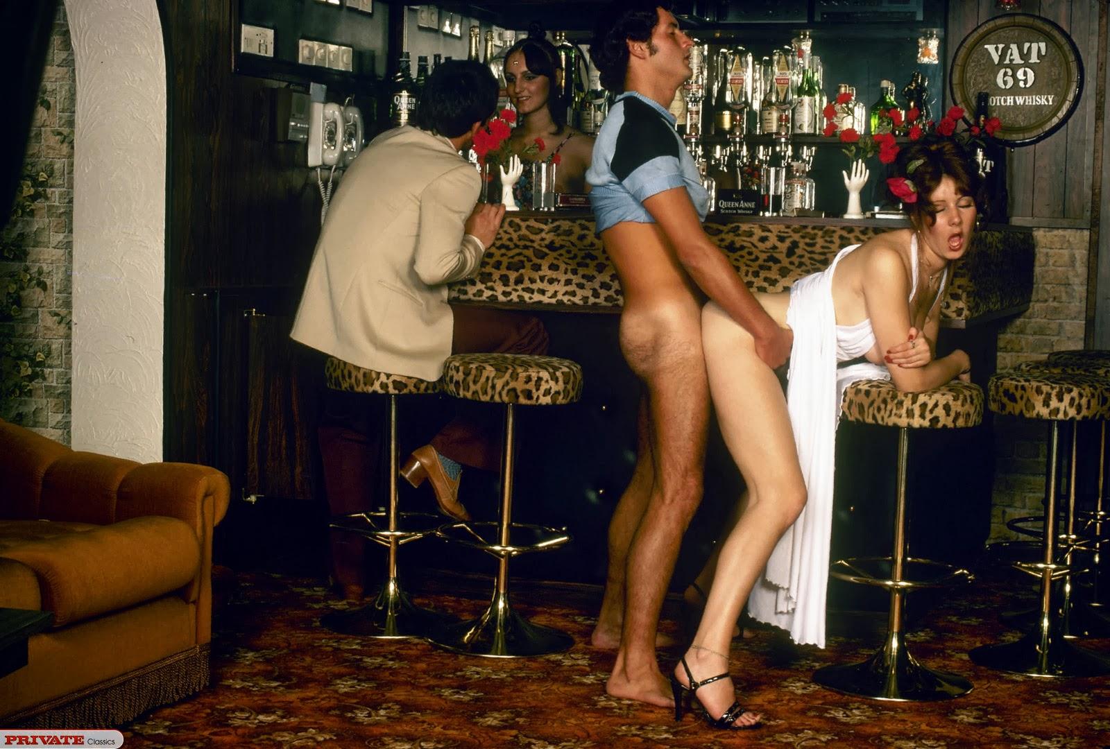 Смотреть онлайн порно бар ретро, Ретро порно смотреть онлайн бесплатно - Ретро порно 3 фотография