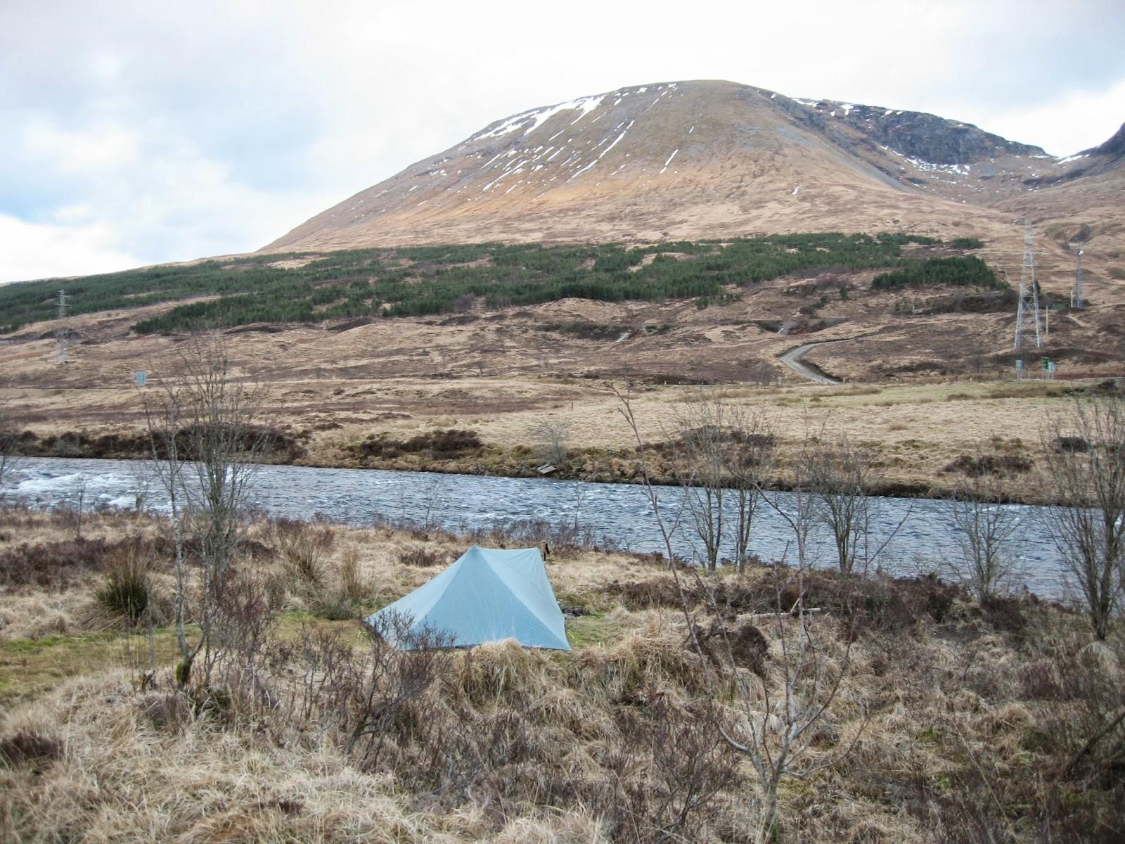 http://4.bp.blogspot.com/-8b_Y9OwuPtw/UjW8I_hDtjI/AAAAAAAAFbU/XraFeMJ65jI/s1600/Scotland+February+2011+014.JPG