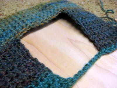 crochet pattern: simple picture frame   JaKiGu