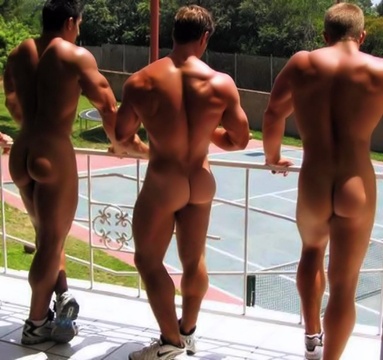 Страстный подсмотренный голые мужские попки парней жена собственность ебет