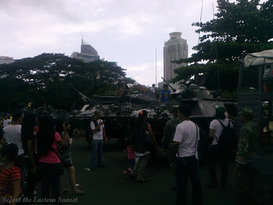 Tanks and guns at Luneta Park