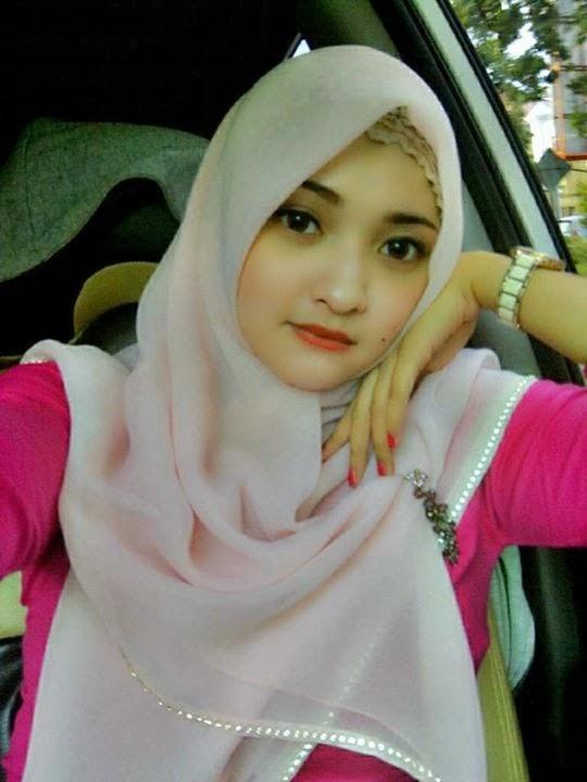 Foto Selfie Cewek Cantik Berkerudung