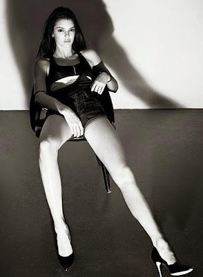 Kendall Jenner in Calvin Klein Jeans for V magazine #95 Summer 2015 photoshoot