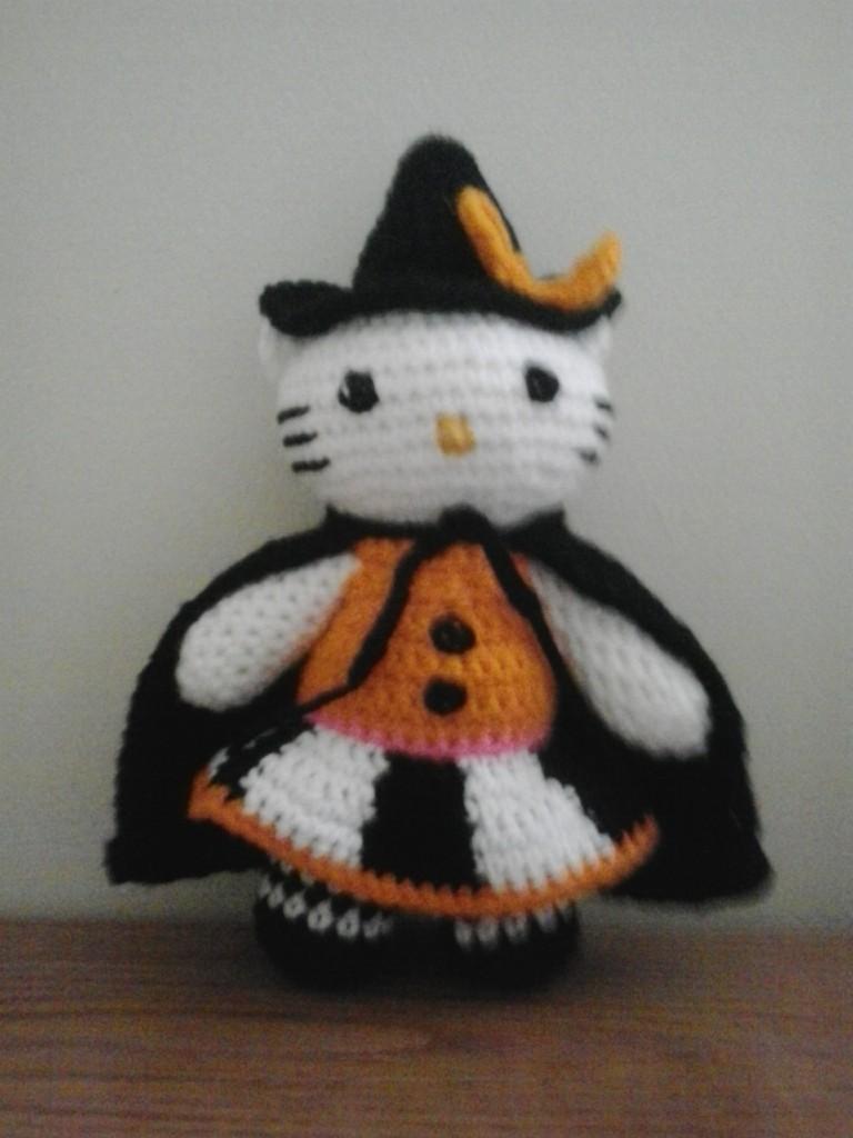 Hello Kitty Halloween Amigurumi : Crochet Fanatic: HALLOWEEN HELLO KITTY