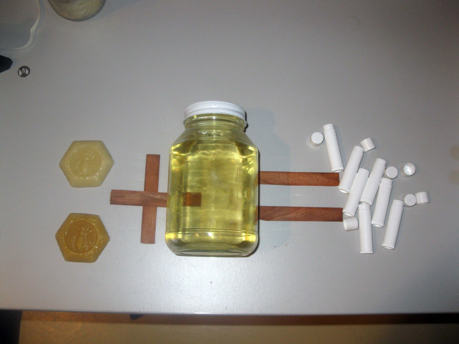 What experiment could I do to find out what bond is present in wax?
