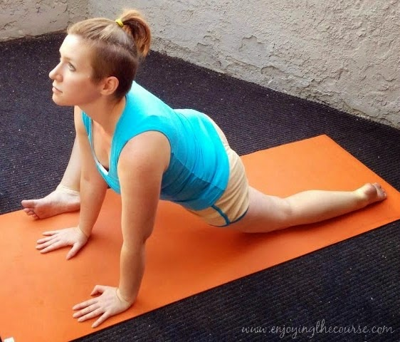 low lunge with foot roll yoga pose