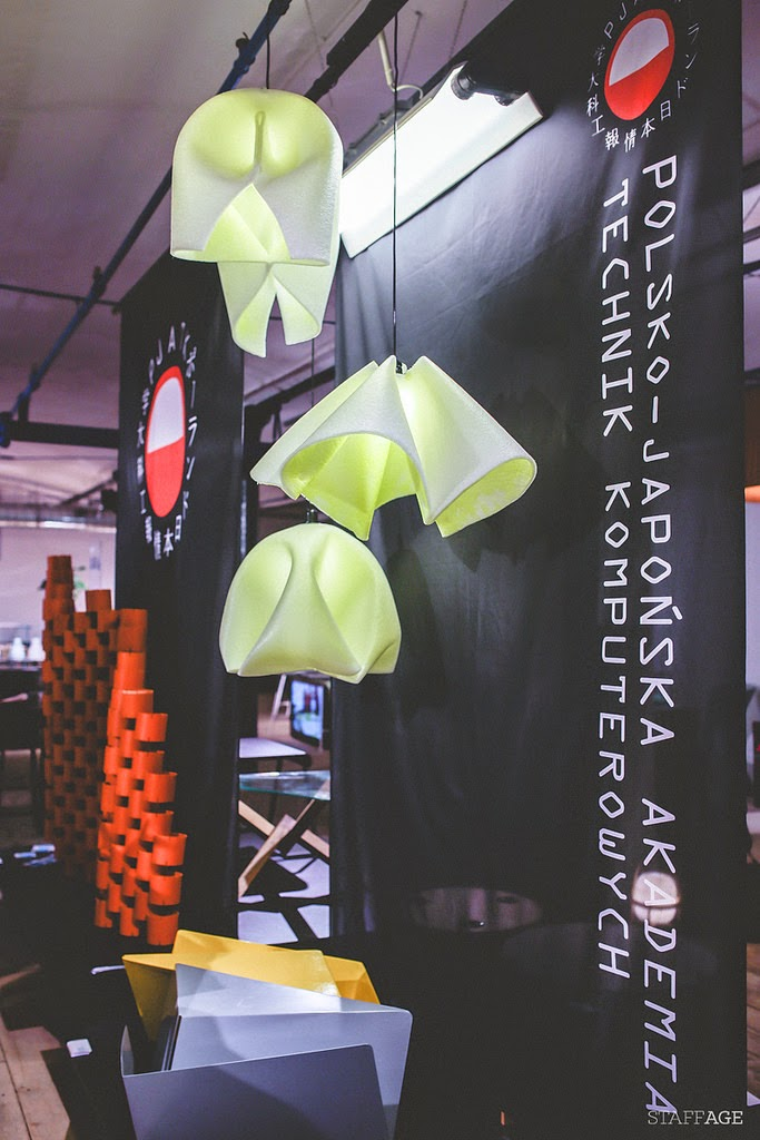 lampa z papaieru,lampa z tkanimy obiciowej,designerskie lampy,design w czystej postaci,Łódz design festival