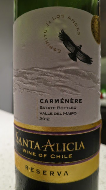 Wine Review of 2012 Santa Alicia Carménère Reserva from Maipo Valley, Chile