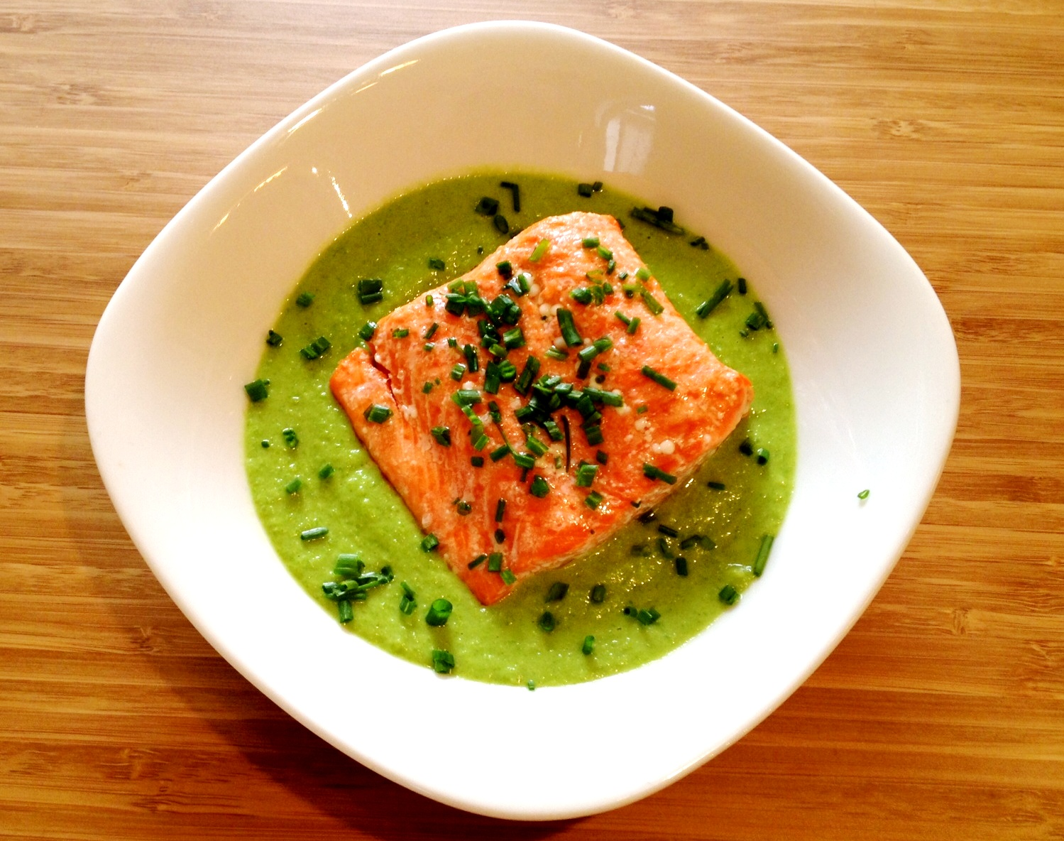 Salmon with Pea Puree Salmon with Pea Puree new images