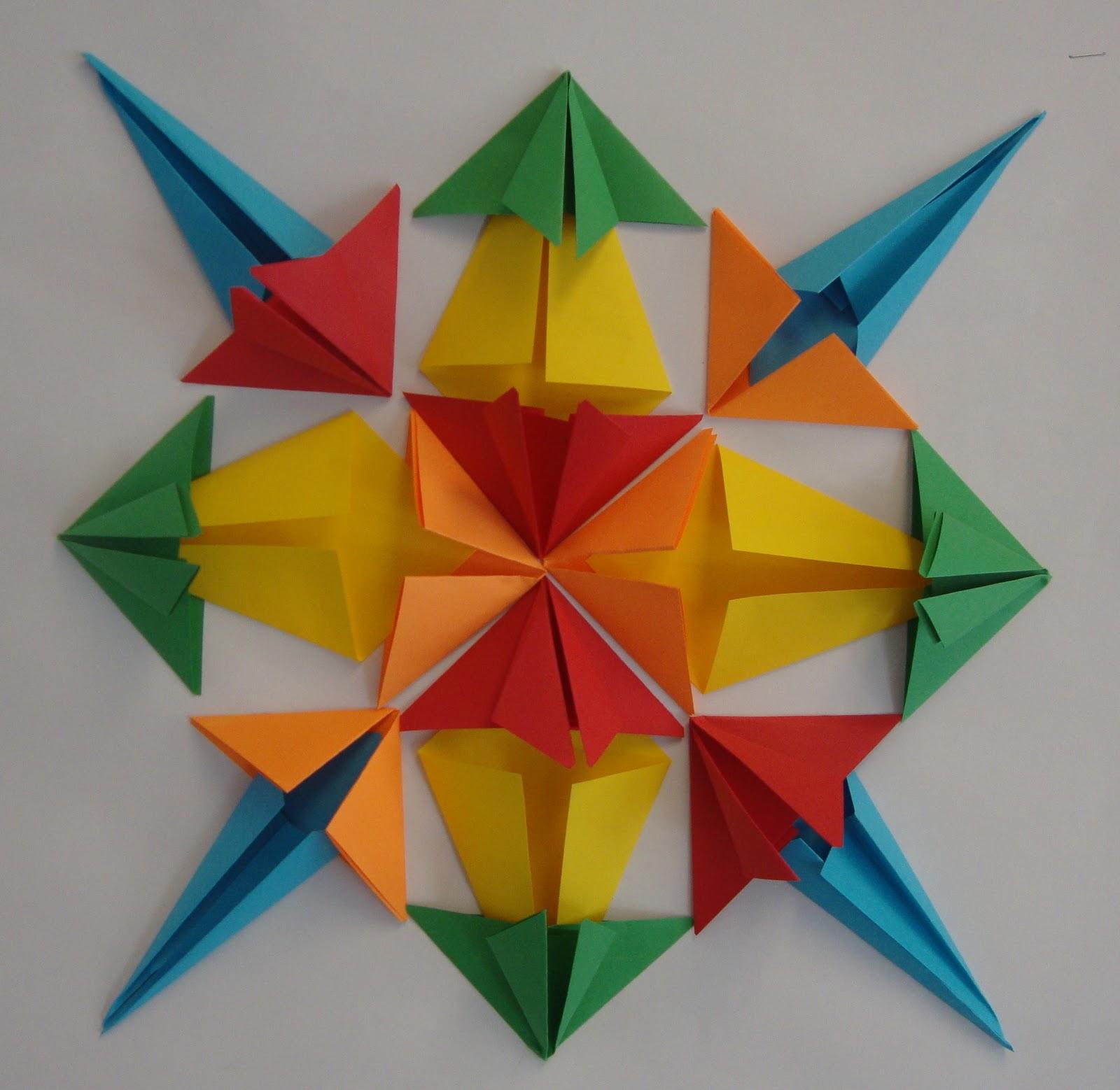 Art paper scissors glue symmetrical origami jeuxipadfo Images