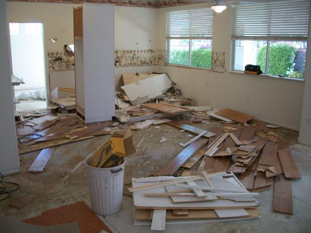 nhà ở đã cũ cần được sửa chữa
