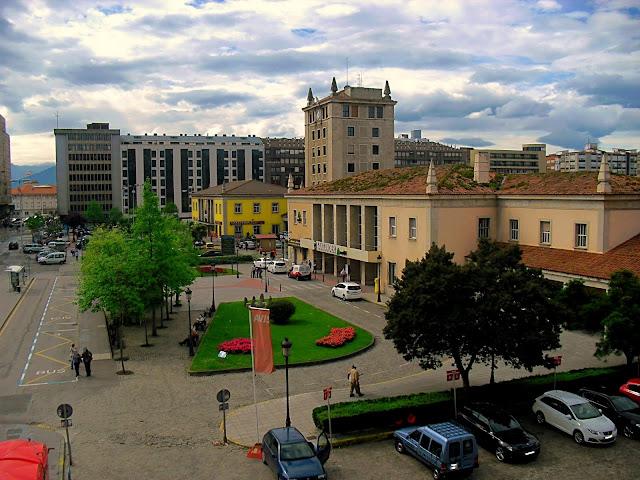 Plaza de las Estaciones de Santander