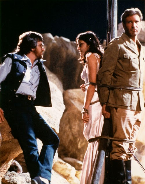 Fotografías del rodaje de Indiana Jones, en busca del Arca Perdida El%2Brodaje%2Bde%2BIndiana%2BJones%2C%2Ben%2Bbusca%2Bdel%2BArca%2BPerdida%2B4