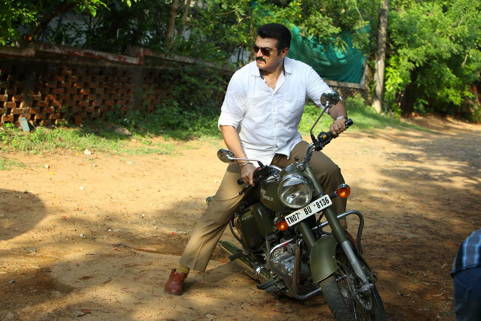 Yenthavaadu gaani movie photos-HQ-Photo-2