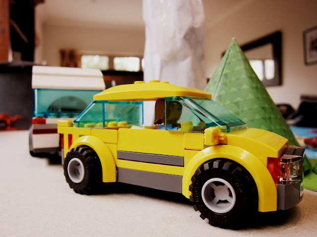 LEGO City car pulling caravan
