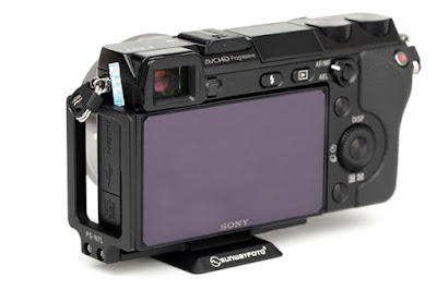Sunwayfoto PSL-N7 on SONY NEX-7 side/back view
