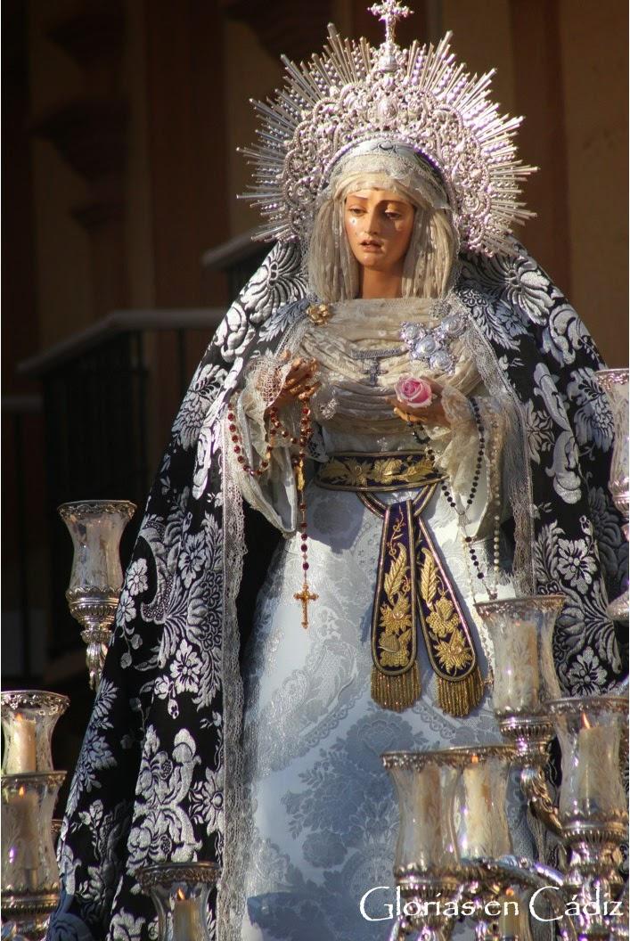 http://semanasanta-gec.blogspot.com/2015/04/galeria-de-imagenes-nuestro-padre-jesus_7.html
