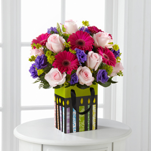 The FTDR Perfect Birthday Gift Bouquet Sends Sweet Wishes For A Spectacular Celebration Pale Pink Roses Fuchsia Gerbera Daisies And Purple