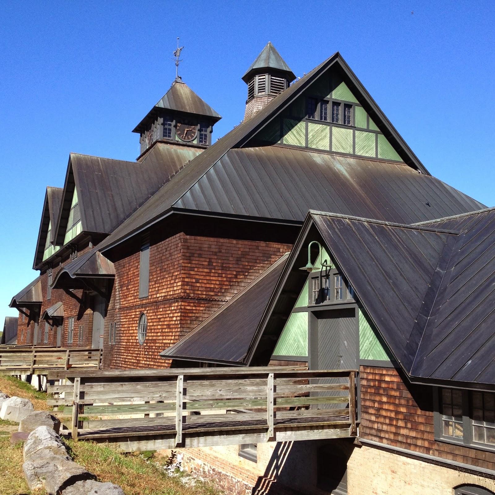 The Polohouse: Vermont Views